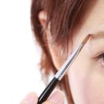 すっぴん眉毛ってどう整える?誰でも簡単!タイプ別の整え方とは?